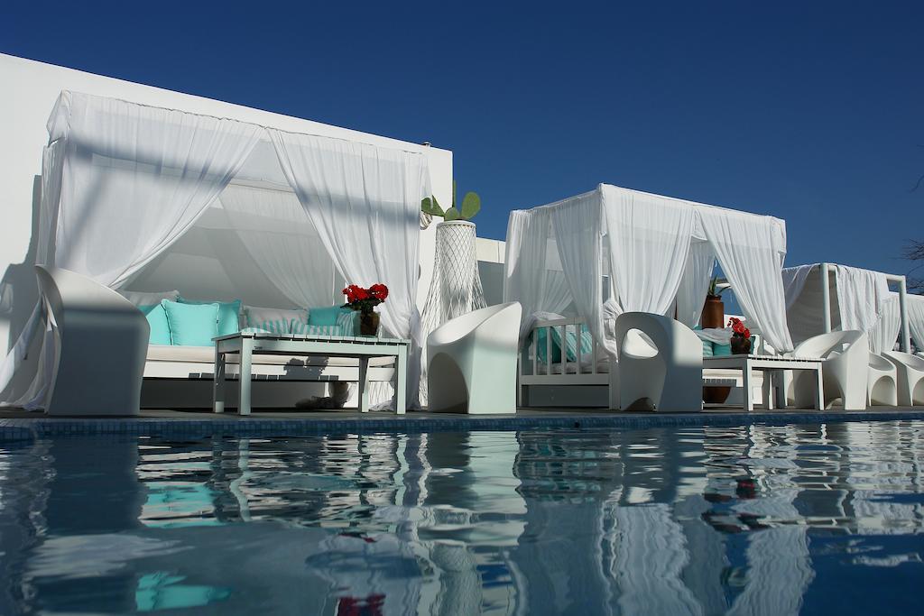 aressana hotel.jpg
